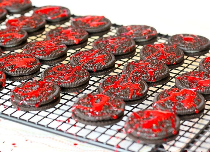 Blood Spatter Oreo Cookies