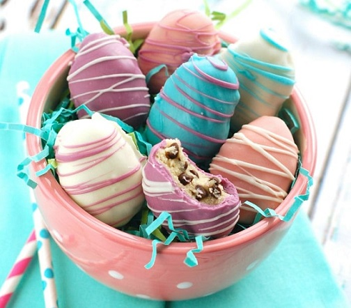 Easy Easter Desserts Recipes: Easter Egg Cookie Dough Truffles