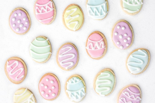 Easy Easter Desserts Recipes: Easter Egg Sugar Cookies