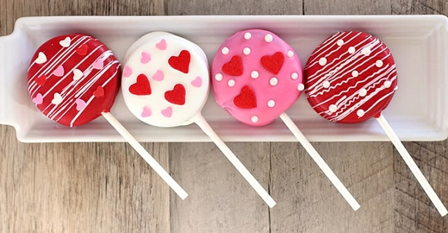 Valentines Day Oreo Pops