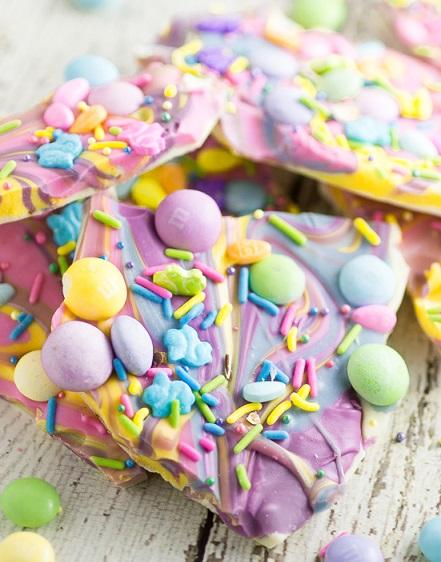 Easy Easter Desserts Recipes: White Chocolate Easter Bark