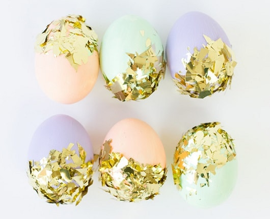 DIY Easter Egg Decorating Ideas: DIY Confetti Dipped Easter Eggs2