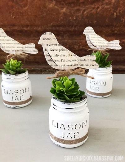 Easter Mason Jar Ideas: DecoArt Chalk Paint Mini Mason Jar
