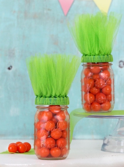 Easter Mason Jar Ideas: Easter Carrot Inspired Mason Jars
