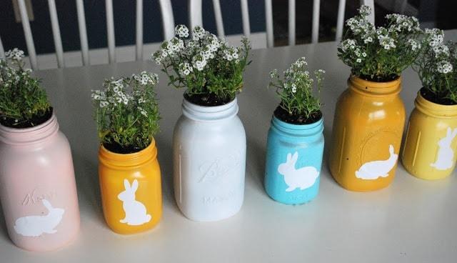 Easter Mason Jar Ideas: Spray Painted Mason Jars
