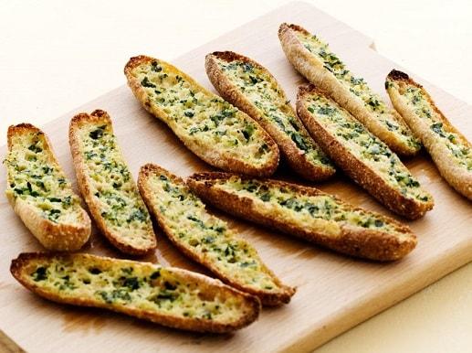 Keto Bread Recipes: Keto Garlic Bread