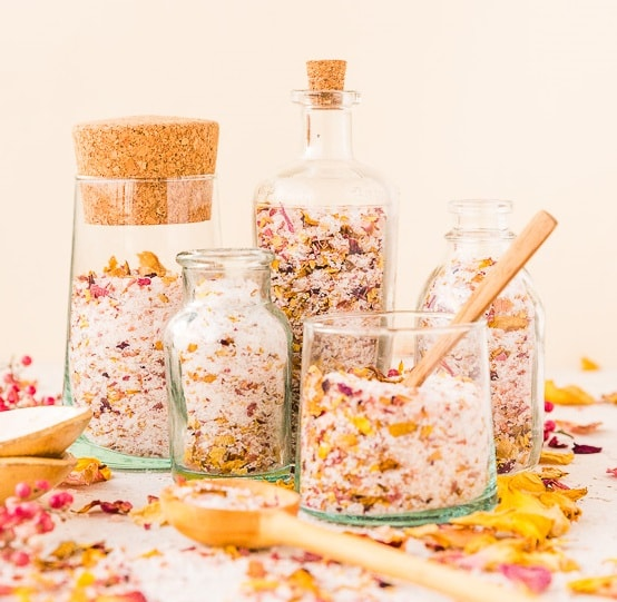 DIY Gifts: Rose Petal Bath Salts