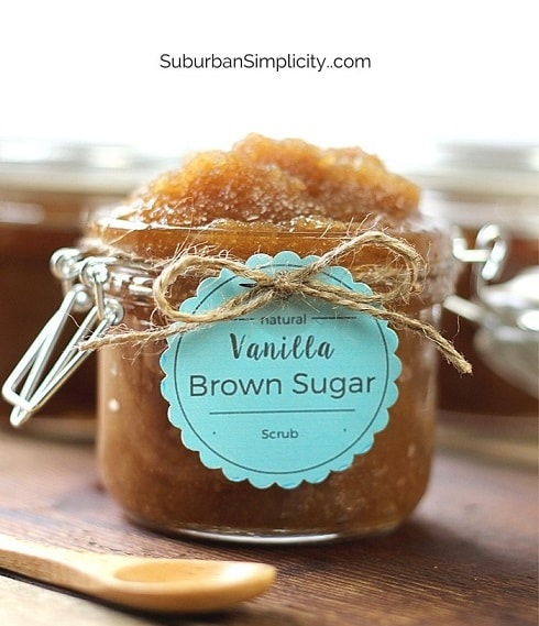 DIY Gifts: Vanilla Brown Sugar Scrub