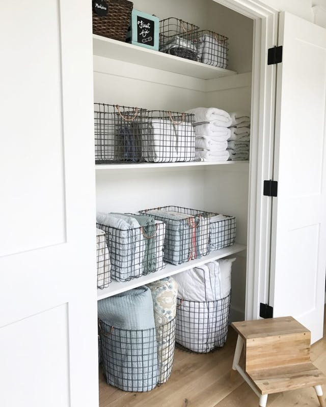 Linen Closet Organization Ideas: Wire baskets for your linen closet