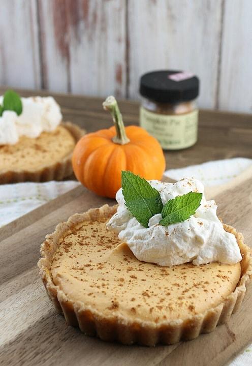 Keto Cheesecake Recipes: Keto Pumpkin Pie Cheesecake