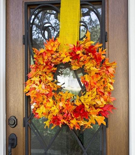 DIY Fall Wreath: Fall Leaf Wreath