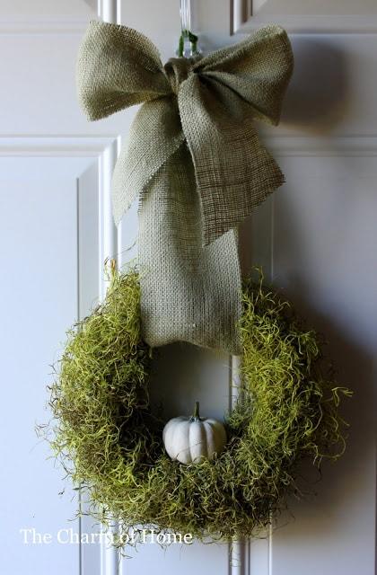 DIY Fall Wreath: Moss Wreath