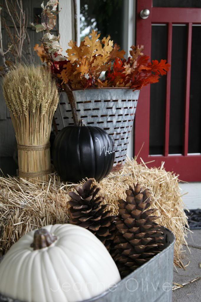 DIY Fall Porch Decorating Ideas: Chalkboard Pumpkin