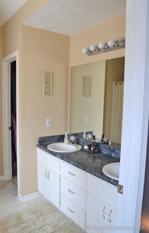 Bathroom remodel ideas: Framed Mirror and Repaint 1