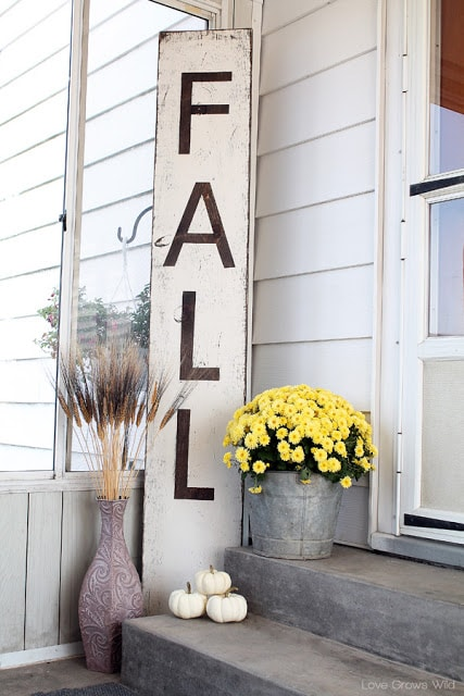 DIY Fall Porch Decorating Ideas: Giant Distressed Fall Sign