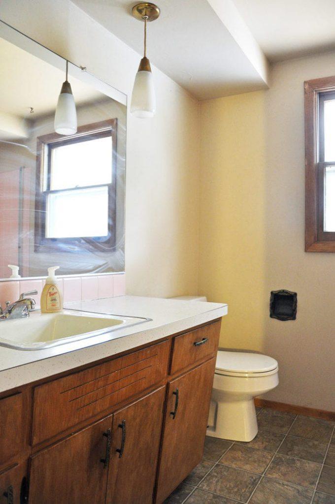 Bathroom remodel ideas: Industrial Farmhouse Bathroom