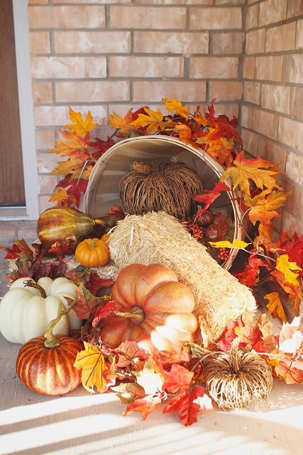 DIY Fall Porch Decorating Ideas: Overflowing basket