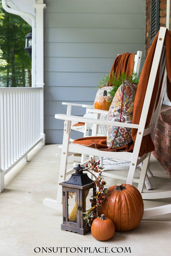 DIY Fall Porch Decorating Ideas: Pillows and Throws