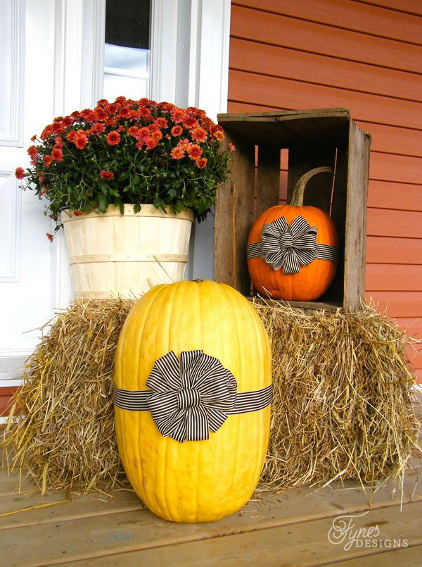 DIY Fall Porch Decorating Ideas: Pumpkins presents