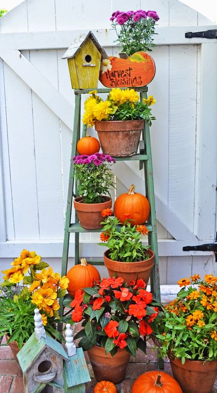 DIY Fall Porch Decorating Ideas: Re-purpose a Ladder