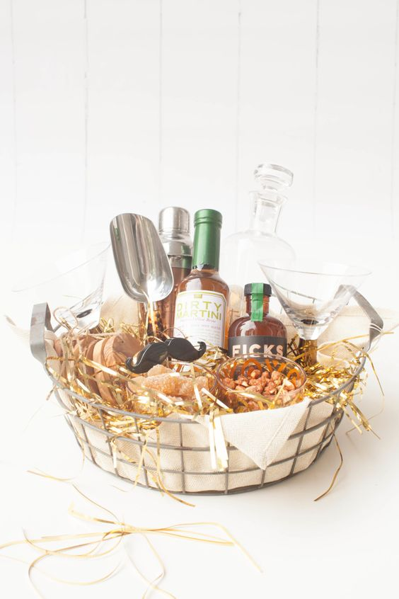 DIY Gift Baskets For Men: DIY Bar Kit