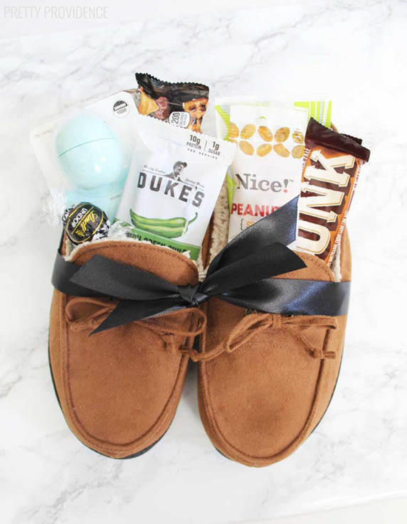 DIY Gift Baskets For Men: Gifts filled cozy slippers