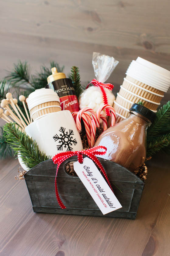 DIY Gift Baskets For Men: Hot Cocoa Gift Basket