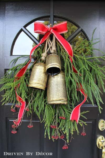 DIY Christmas Wreaths: Bell Wreath