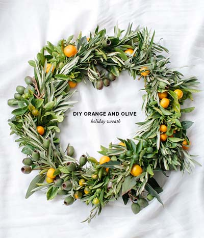 DIY Christmas Wreaths: DIY Orange & Olive Holiday Wreath