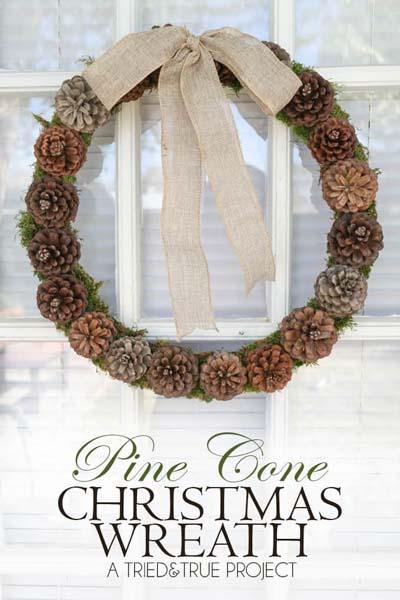 DIY Christmas Wreaths: Pine Cone Christmas Wreath