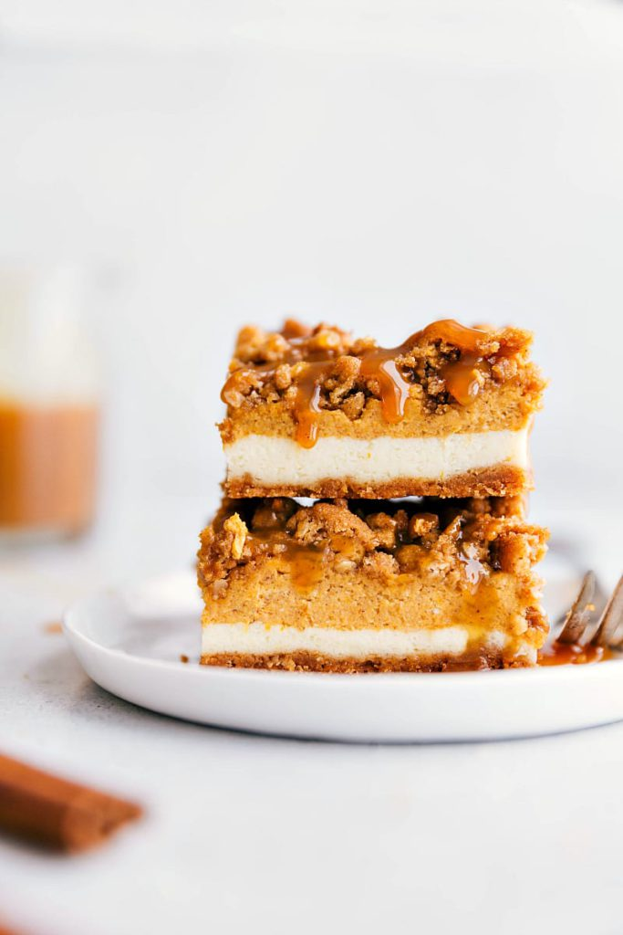 Pumpkin Spice Recipes: Pumpkin Cheesecake Streusel Bars