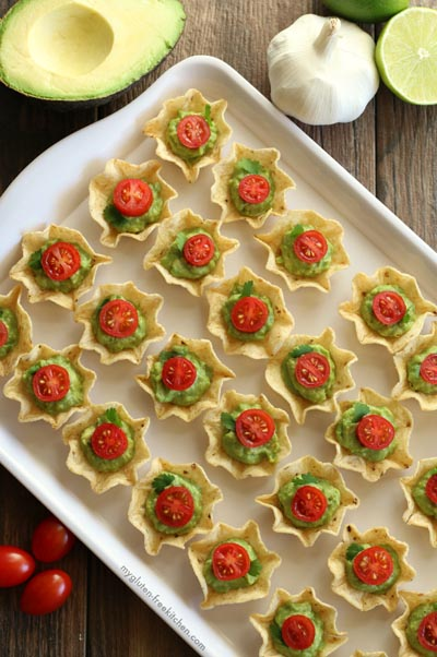 Party Snack Ideas & Party Appetizers: Chip and Guacamole Bites