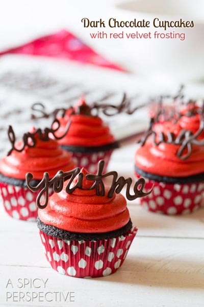 Valentines Day Cupcakes and Valentines Desserts: Chocolate Cupcake with Red Velvet Frosting