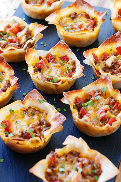 Party Snack Ideas & Party Appetizers: Crunchy Taco Cups