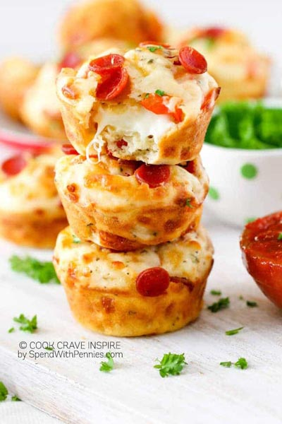 Party Snack Ideas & Party Appetizers: Pepperoni Pizza Puffs