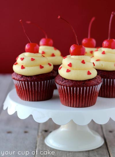 Valentines Day Cupcakes and Valentines Desserts: Red Velvet Cake Batter Cupcakes