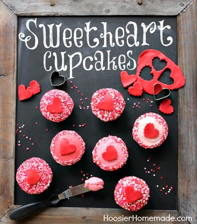 Valentines Day Cupcakes and Valentines Desserts: Vanilla Cupcakes and Buttercream Frosting