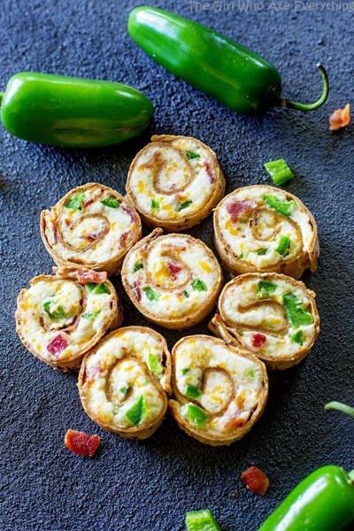 Pinwheel Appetizers & Pinwheel roll ups: Jalapeno Popper Pinwheels