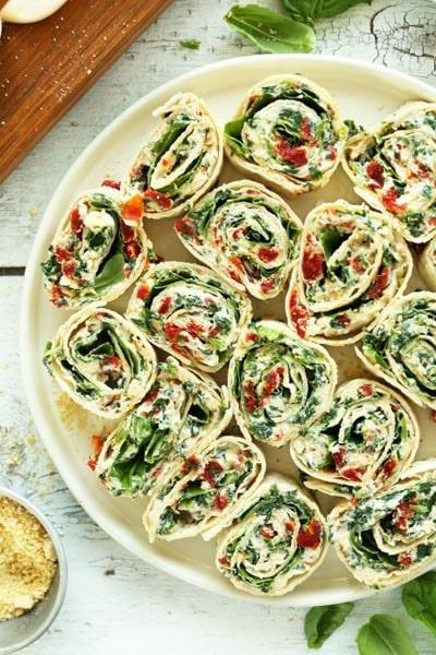 Pinwheel Appetizers & Pinwheel roll ups: Sun-Dried Tomato and Basil Pinwheels