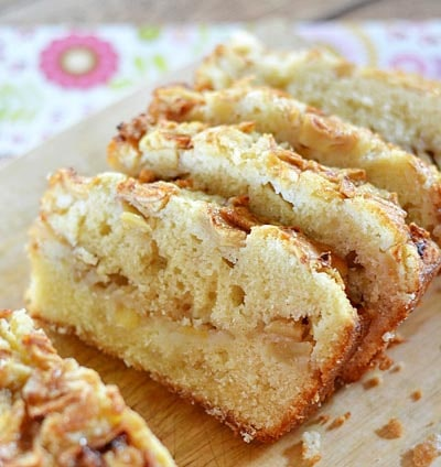 Homemade bread recipes: Amazingly Delicious Apple Bread