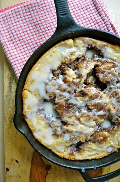Skillet Desserts: Brown Butter Cinnamon Roll Skillet Cake