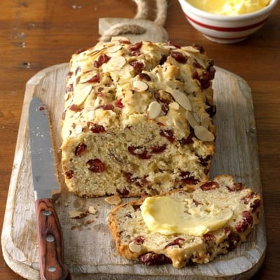 Homemade bread recipes: Cranberry Orange Almond Quick Bread