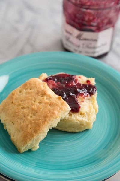 Homemade bread recipes: Cream Biscuits