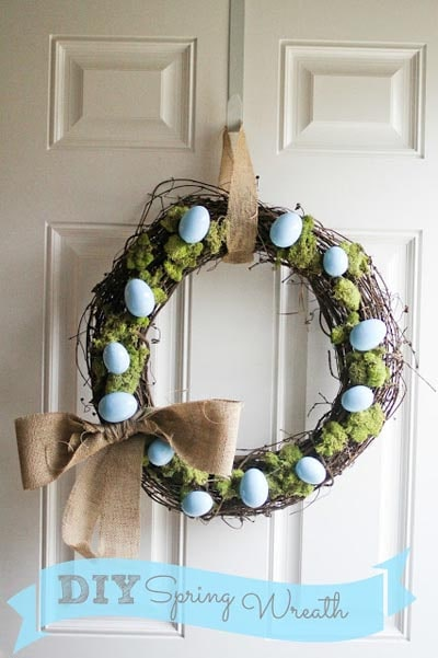 DIY Easter Wreaths: DIY Spring Easter Wreath