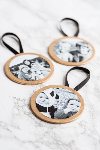Handmade DIY Gifts For Mom: DIY Gilded Photo Ornaments