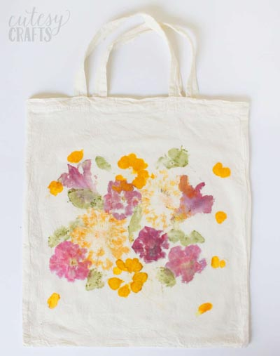 Handmade DIY Gifts For Mom: Pounded Flower Tote Bag