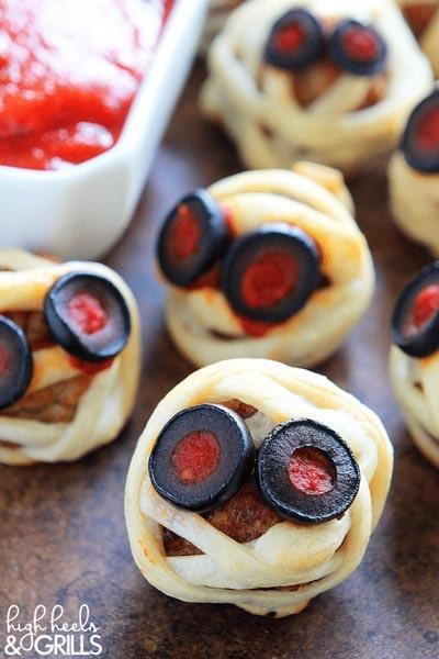 Halloween Party Appetizers: Meatball Mummies